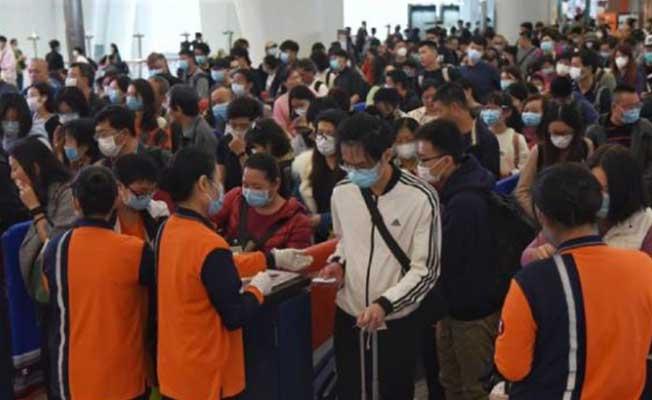 Çin'in Wuhan kentinden on binlerce kişi ayrıldı