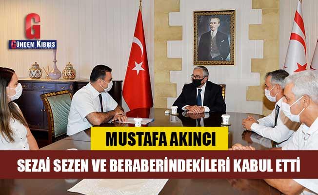 Akıncı,  Kuzey Kıbrıs Türk Kızılayı Genel Başkanlığı'na seçilen Sezai Sezen ve beraberindekileri kabul etti