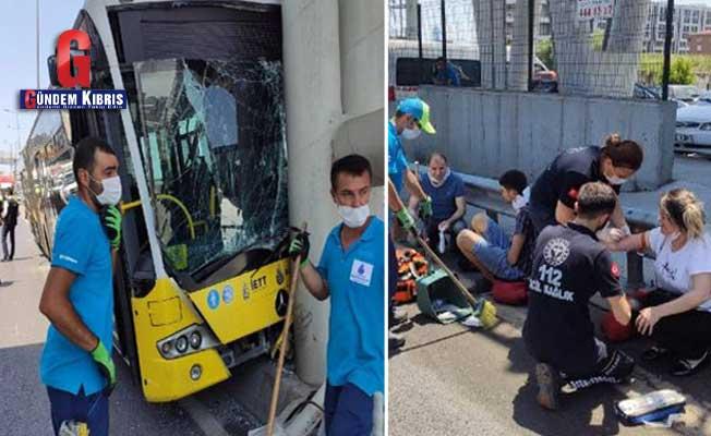 İstanbul Beylikdüzü'nde İETT otobüsü kazası: 19 yaralı